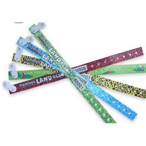 satin-wristband-vynil-clip-1.jpg