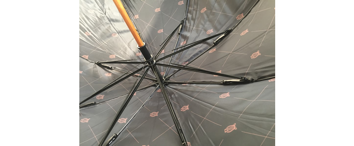 Manual umbrella curved handle 104 cm
